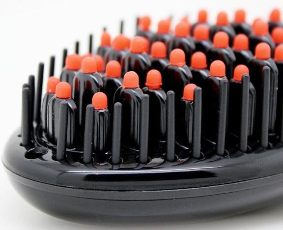 Quel est le prix de la brosse lissante chauffante madame paris miracle sur Amazon